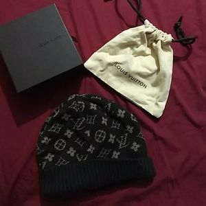 Other - Lv  wool brown hat